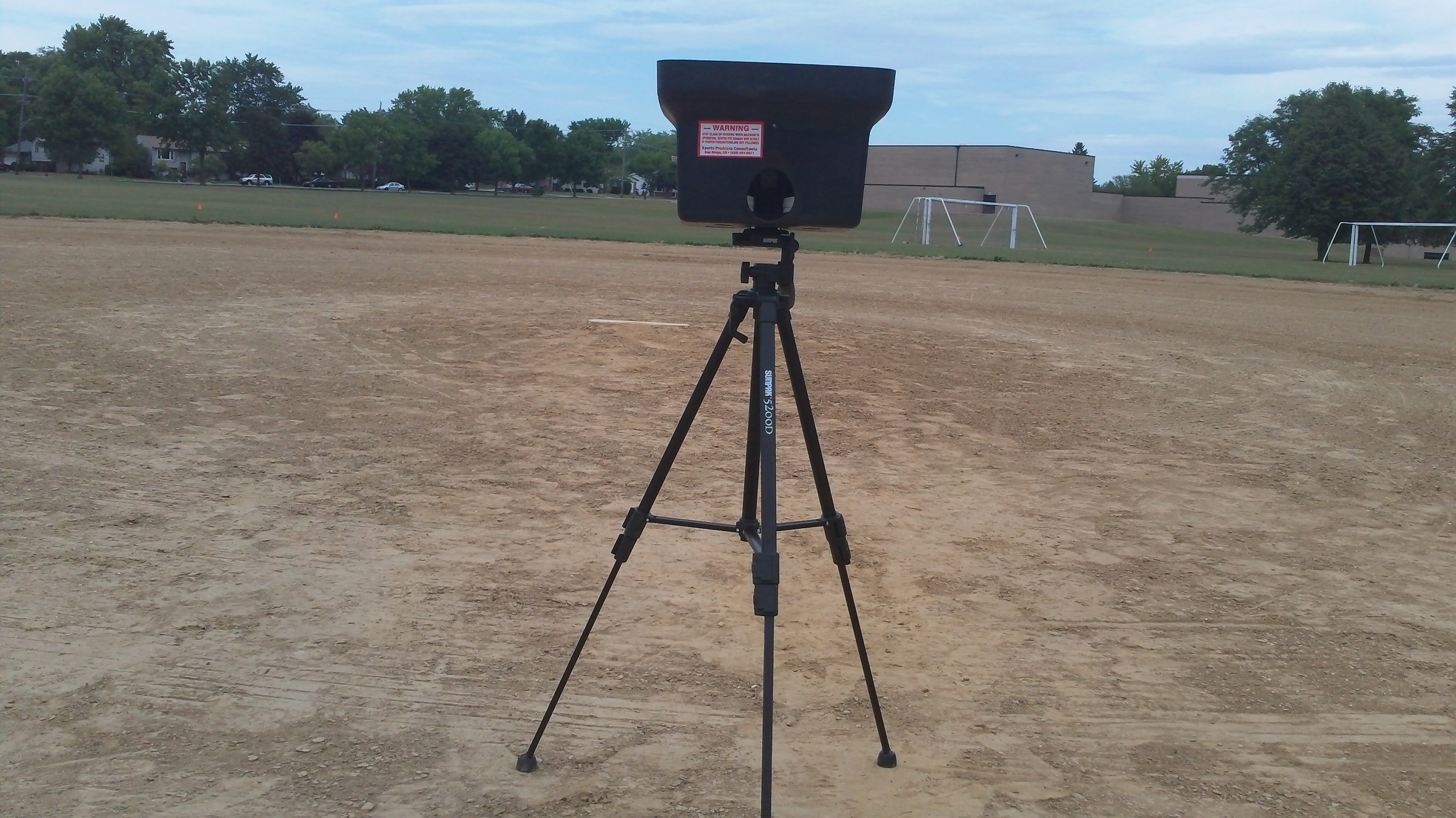 Personal Pitcher pitching machine