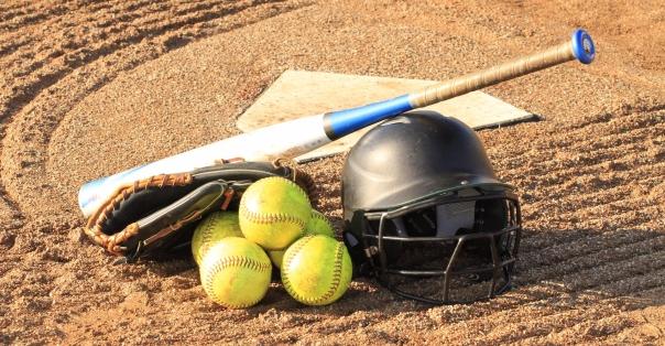 bat-helment-balls.jpg