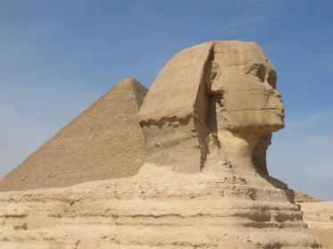 sand desert statue pyramid